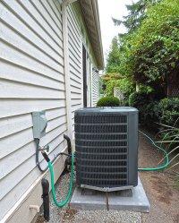Pompa ciepła w ogrodzie